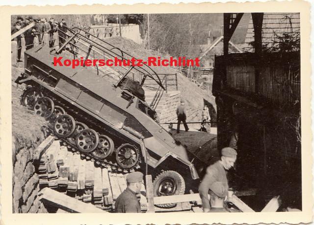 Wehrmacht-SPW-Kommando-Panzerwagen-Sd-Kfz-251-2