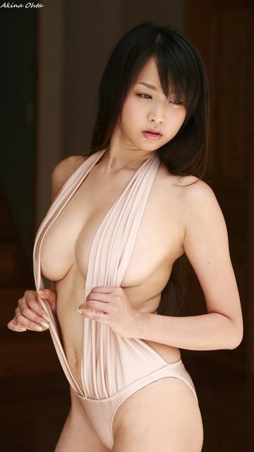 Ota Akina 大田明奈