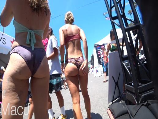 Clip: Quay lén Bãi biển, bikini & Mông ^ ^