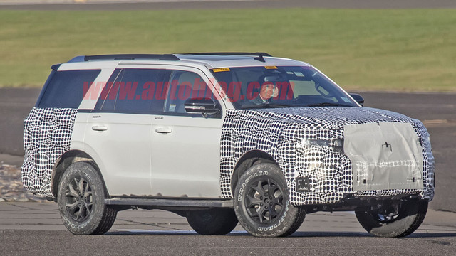 2018 - [Ford] Expedition 1123-A786-BC2-F-4-FAC-A456-BA82989-A16-F3