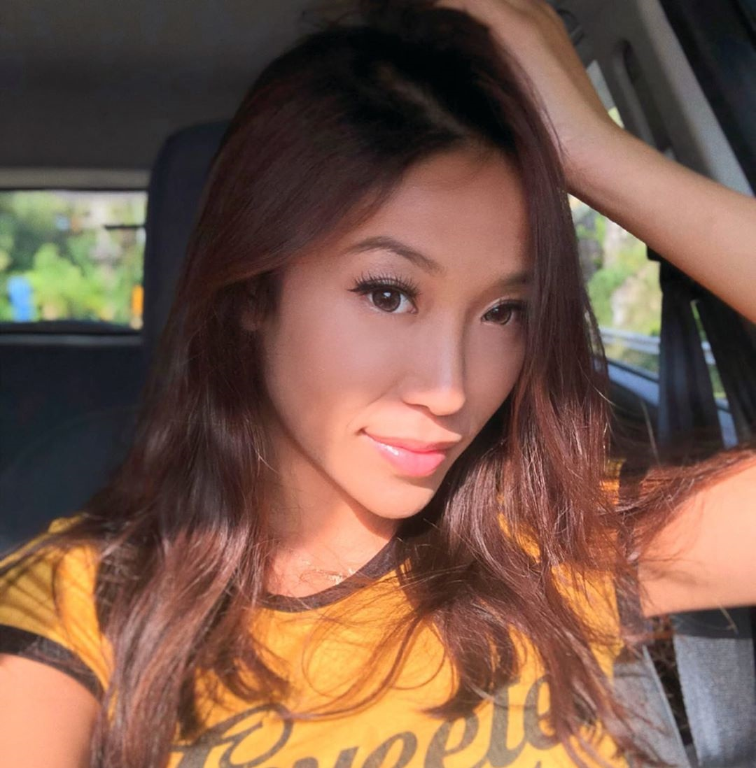 Rebecca-Chen-Wallpapers-Insta-Fit-Bio-2
