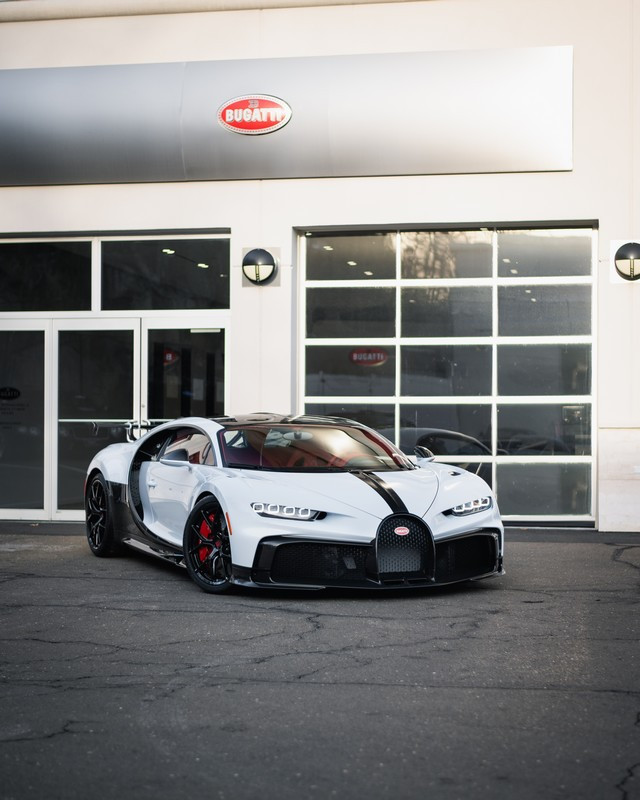 Bugatti Chiron Pur Sport – La livraison aux clients commence  08-pur-sport-deliveries