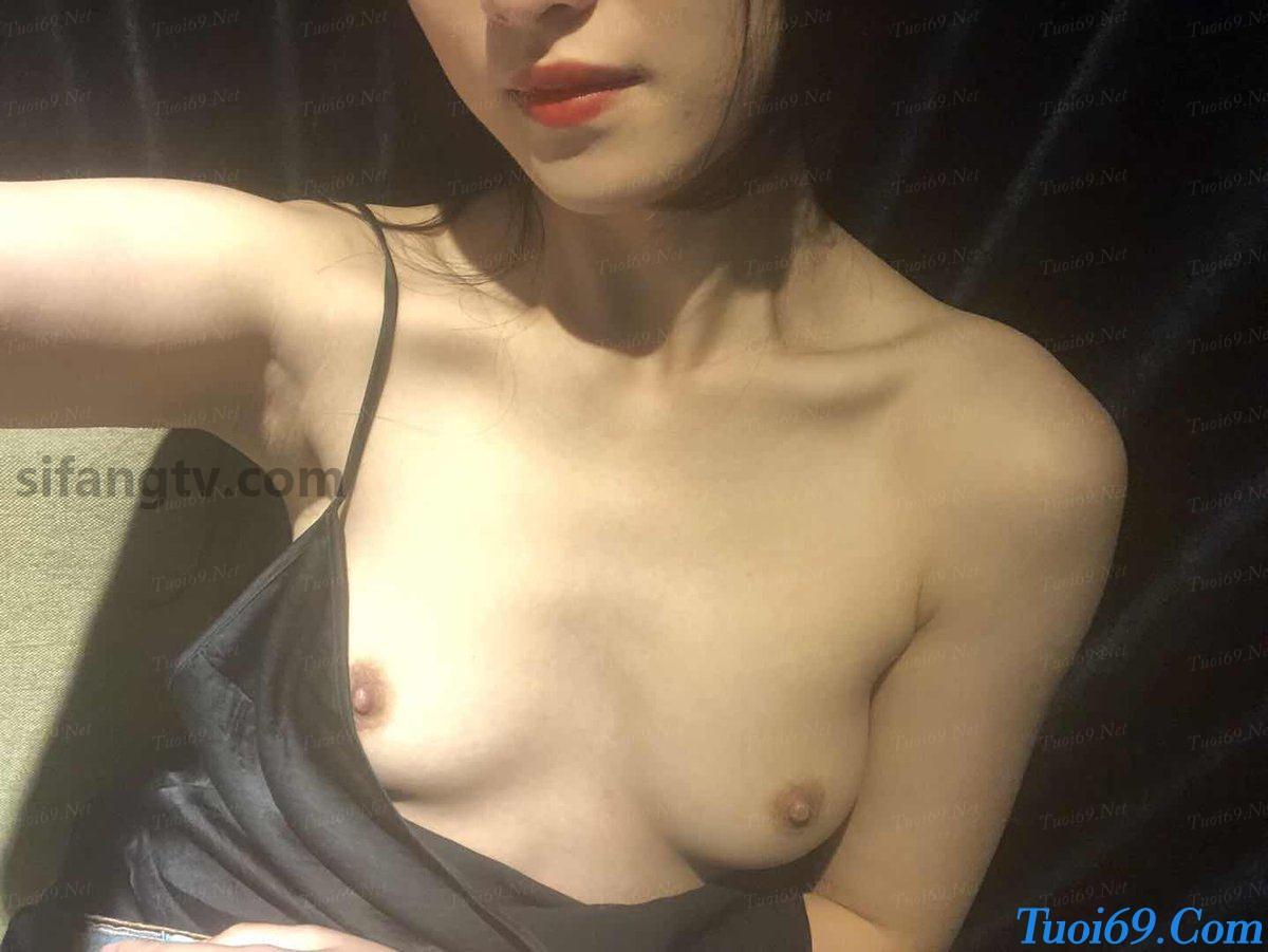 Wuhan-University-sister-Xiao-Weiwei-uniforms-seduced-85