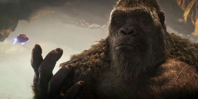 Godzilla-vs-Kong-Trailer-UFO-Hollow-Earth