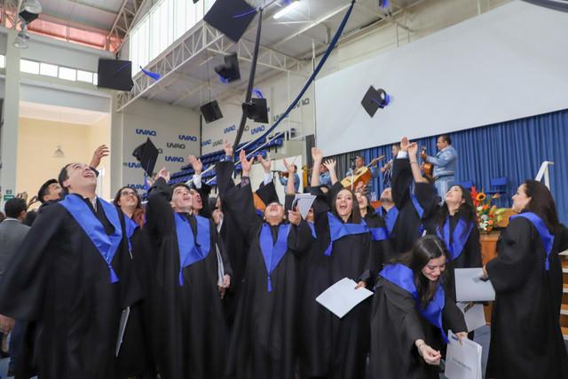 Graduacio-n-Cuatrimestral-96