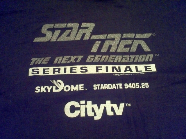 https://i.ibb.co/Z6pwqDF/Citytv-Toronto-Star-Trek-Finale-T-Shirt.jpg
