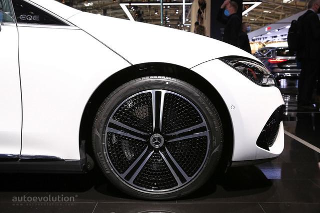 2021 - [Mercedes-Benz] EQE - Page 4 4-DE80503-205-C-49-D8-84-FA-E76180389-ED0