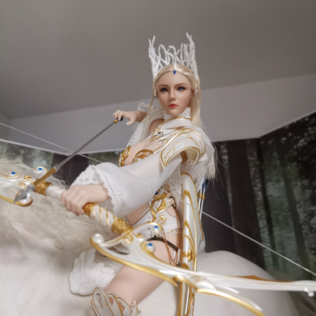 Emma - NEW PRODUCT: [LXF-1904B] Elf Queen Emma Queen Version 1:6 Figure by Lucifer 28