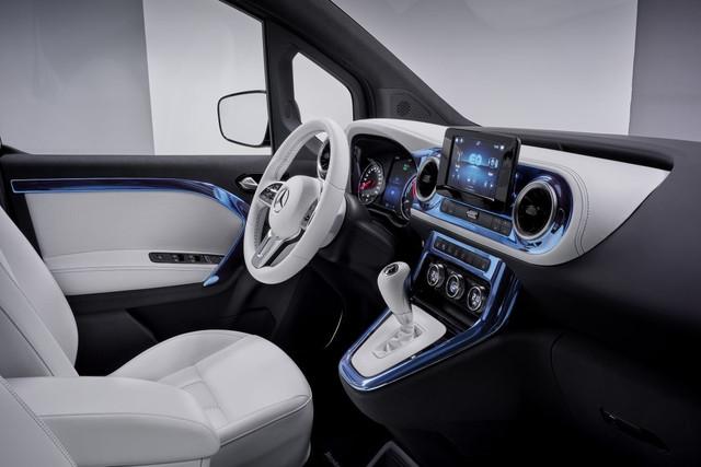 2021 - [Mercedes-Benz] EQT concept  63107-ECA-FFBC-45-EA-8-C3-E-7479-DD5997-CE