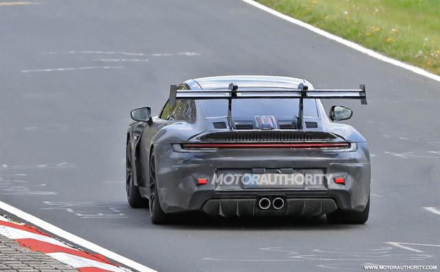 2018 - [Porsche] 911 - Page 23 F12390-E7-69-E6-4475-A00-F-0-C6454325240