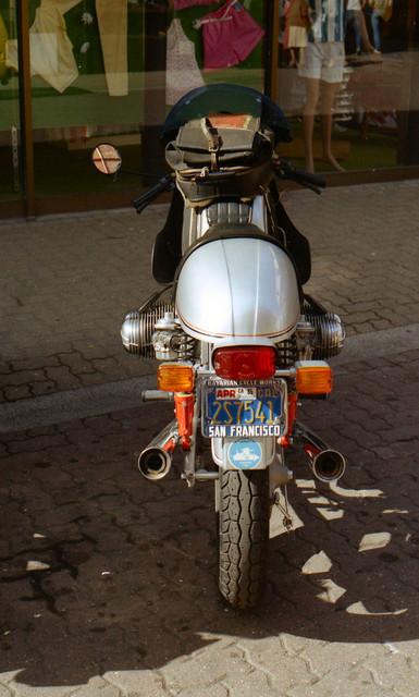 [Image: 1984-Isle-of-Man-BMW-R75-custom-bike-2.jpg]