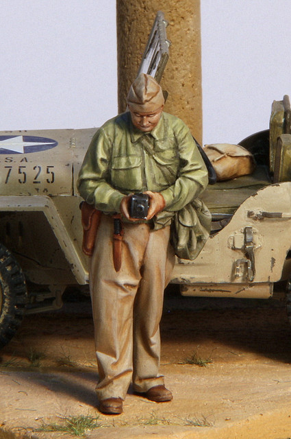 Sightseeing in Tunisia 1943 (Jeep + fig Reedoak 1/35) IMG-3371