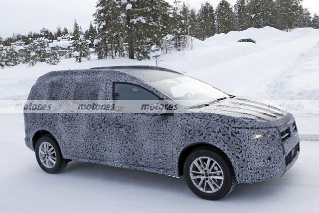 2022 - [Dacia] Jogger 8-EE234-CC-B485-4-EF8-94-AF-A8290-E6-B3-B3-D
