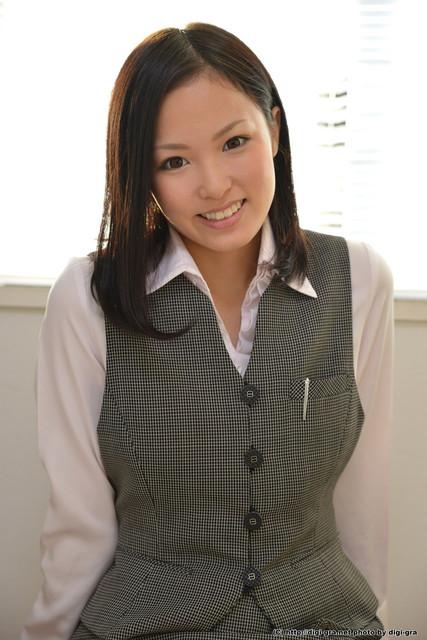 Yuzuki-Ai-2-026