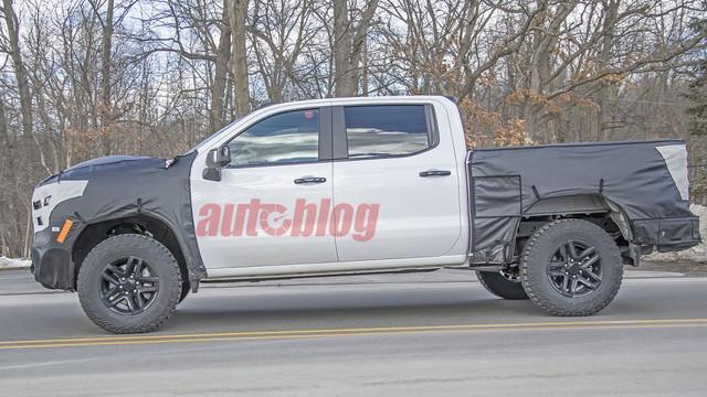 2018 - [Chevrolet / GMC] Silverado / Sierra - Page 3 FE3-A89-F7-B50-D-4-EBB-AE40-31-FB22187142