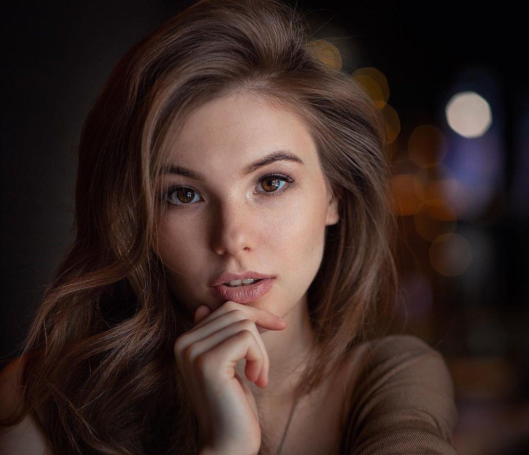 Anna-Kudinova-Wallpapers-Insta-Fit-Bio-22