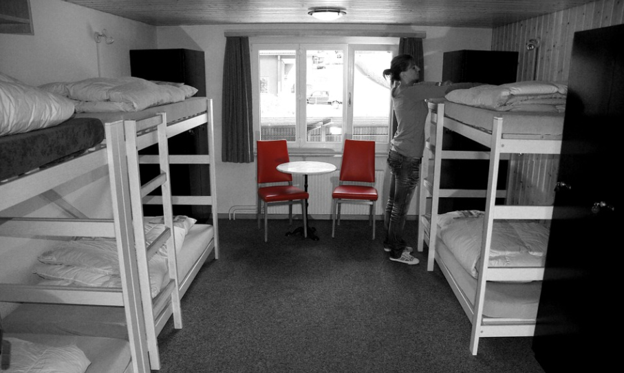 Five Necessary Things You Must Take to a University Hostel
