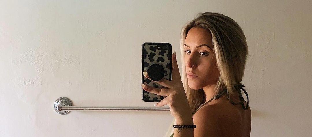 Julia-Rae-Xo-Wallpapers-Insta-Fit-Bio-12