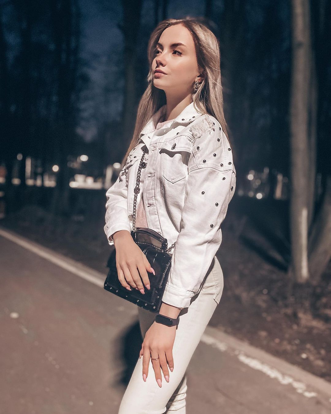 Anastasia-Fefilova-Wallpapers-Insta-Fit-Bio-4