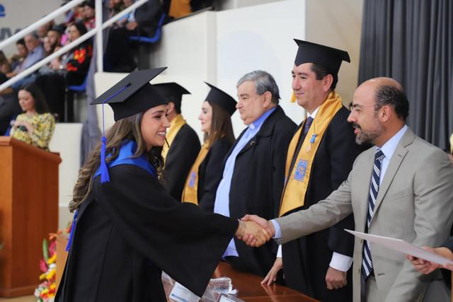Graduacio-n-santa-mari-a-88