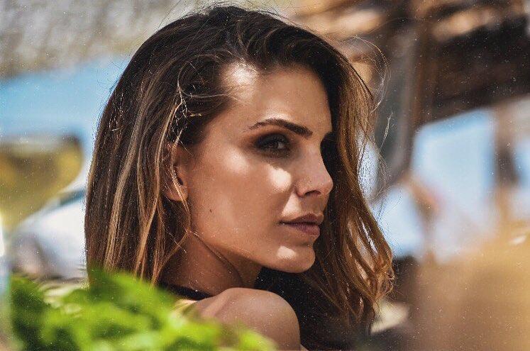 Nina-Senicar-Wallpapers-Insta-Fit-Bio-9