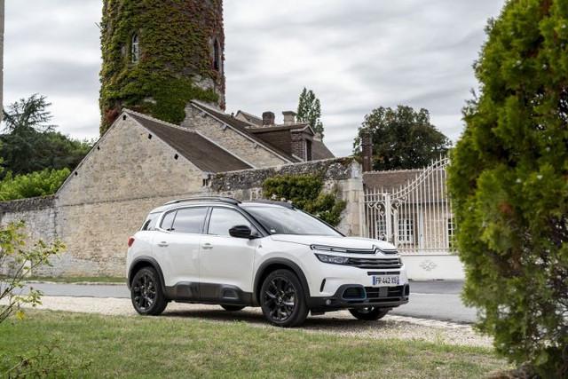 2017 - [Citroën] C5 Aircross [C84] - Page 24 CB75-A5-B2-241-A-4-D02-8-BD4-47-CE38-C60-C80