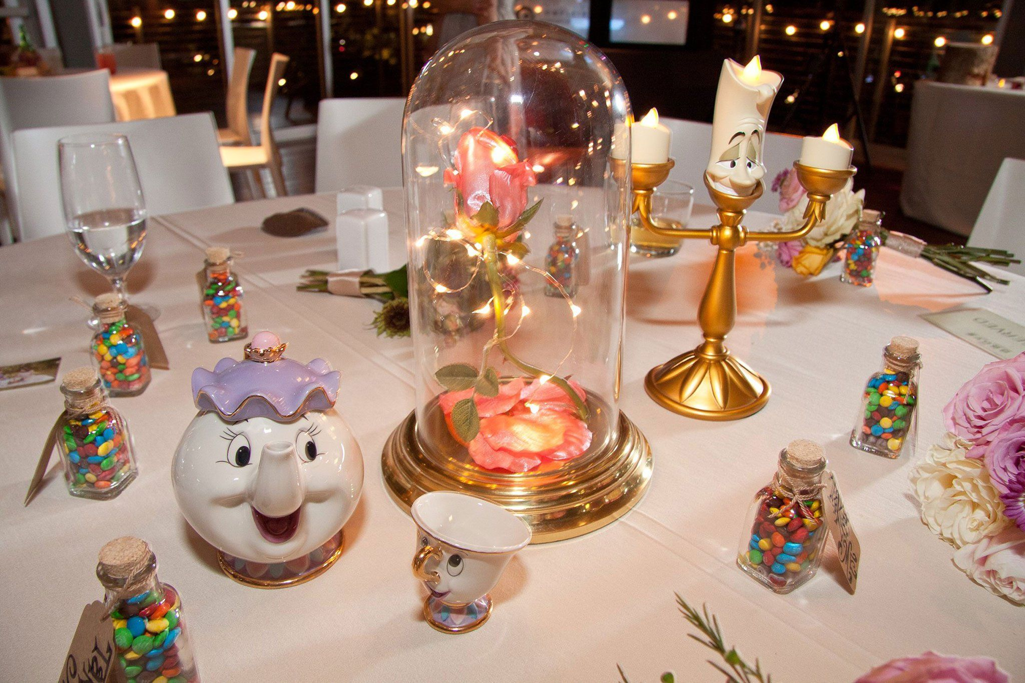 Cinderella for a day | How to Decorate a Disney Wedding