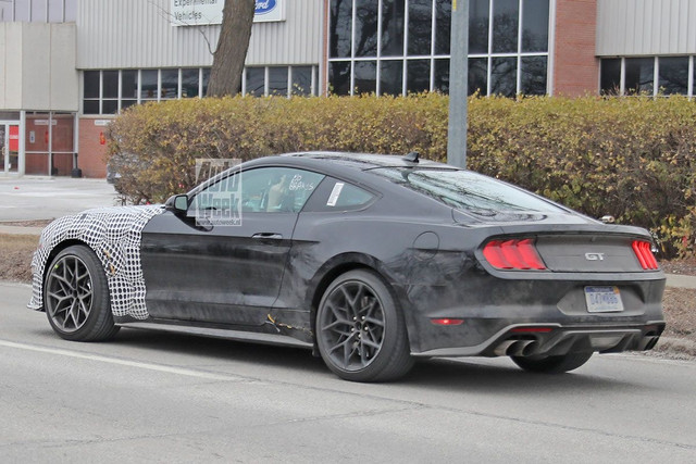 2021 - [Ford] Mustang VIII 580-A7-A16-7-B97-477-F-A06-F-7470-C878-C30-D