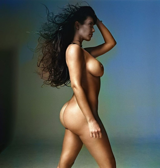 Kim-Kardashian-Nude-W-Magazine-The-Fappening-Blog-5-1024x1074