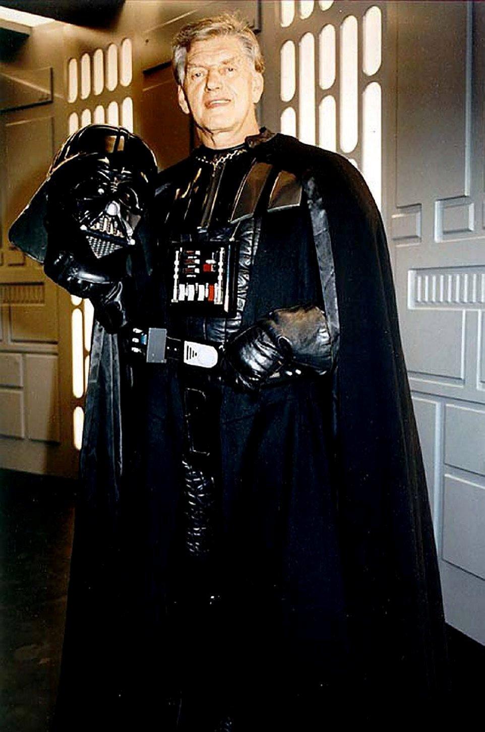 """David Prowse, morto il Darth Vader di """"Star Wars"""""""