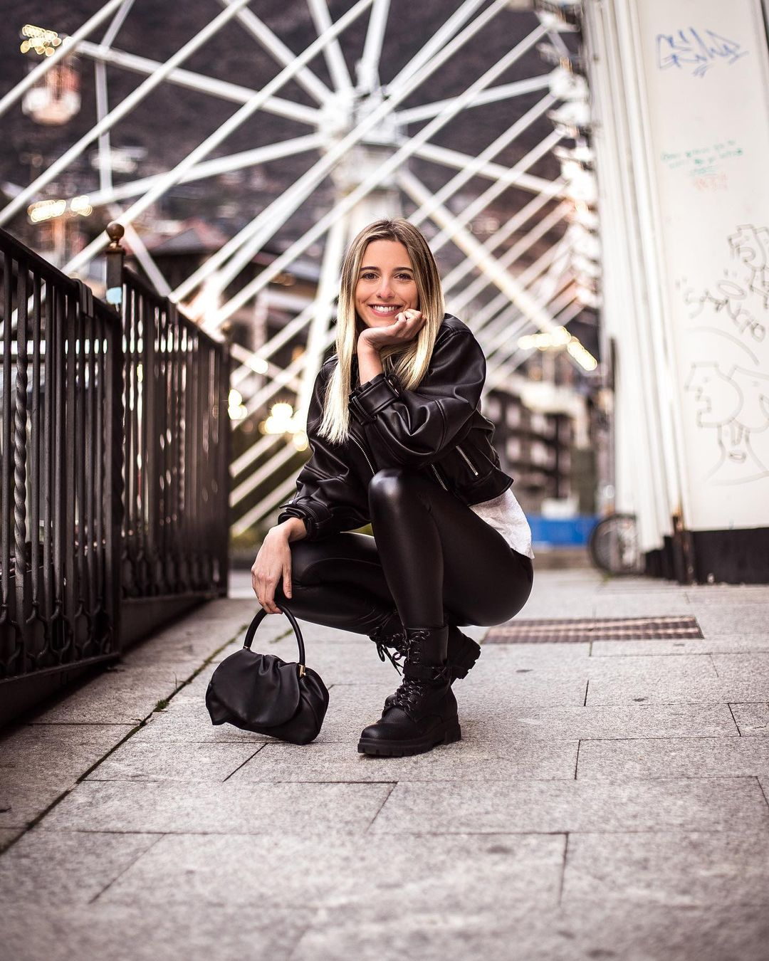 Gemma-Gallardo-Wallpapers-Insta-Fit-Bio-10