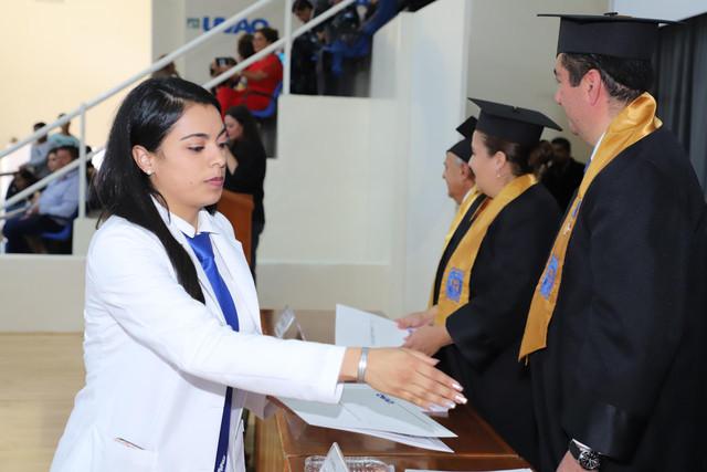 Graduacio-n-Medicina-127