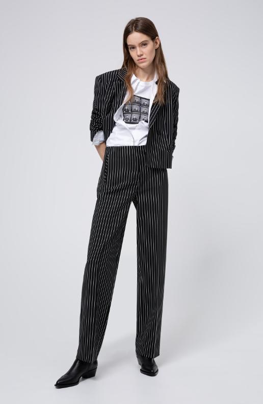 traje-mujer