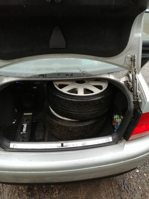 wheels-boot