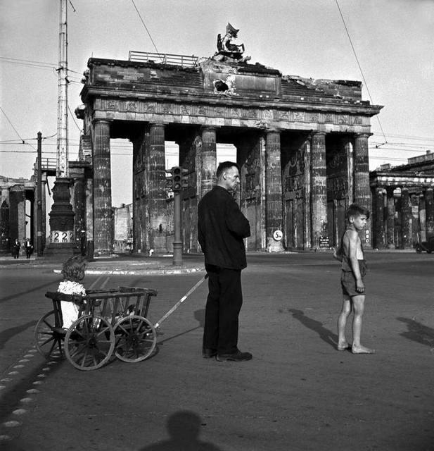 01-europa-after-ww2-photo