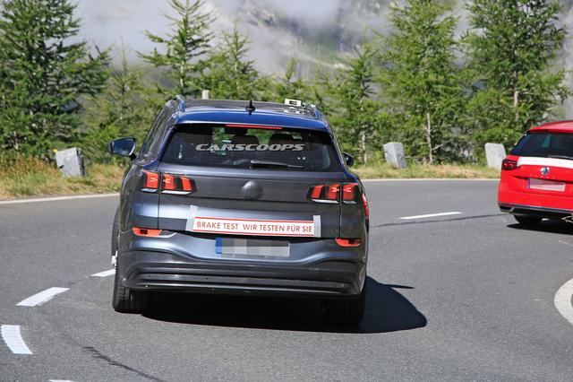 2021 - [Volkswagen] Lounge SUVe E6934-C2-F-4-C4-B-4-A92-B8-AF-8-CD65-F4-A75-A9