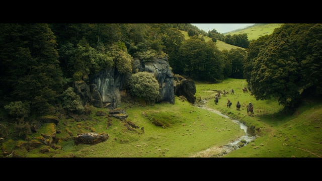 Ultra HD 4K Blu Ray LOTR and Hobbit boxsets announced (presumably this will be the long talked about 'Ultimate edition') - Page 2 Vlcsnap-2020-12-03-19h37m18s007