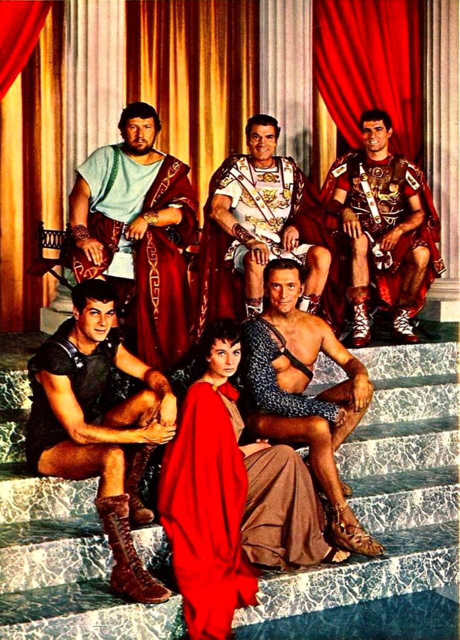https://i.ibb.co/b2KZKTx/e89ed58081bf51c6658033556358e3a4-Kirk-Douglas-Jean-Simmons-Tony-Curtis-Spartacus-1959.jpg
