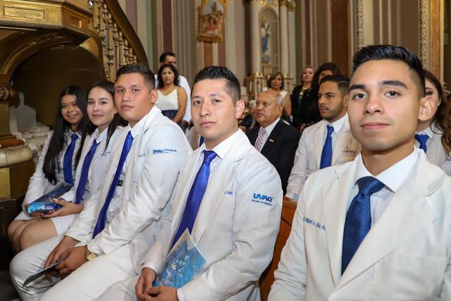 Graduacio-n-Medicina-29