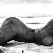 Paige-Marie-Evans-Nude-at-the-Beach-www-ohfree-net-006