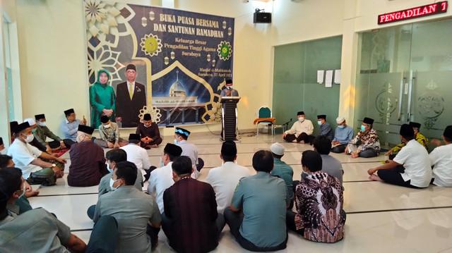 Buka Puasa dan Santunan Ramadhan Pengadilan Tinggi Agama Surabaya