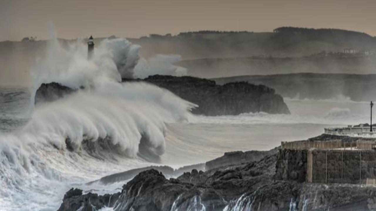 Los océanos del mundo se han enfurecido con olas más altas y vientos extremos