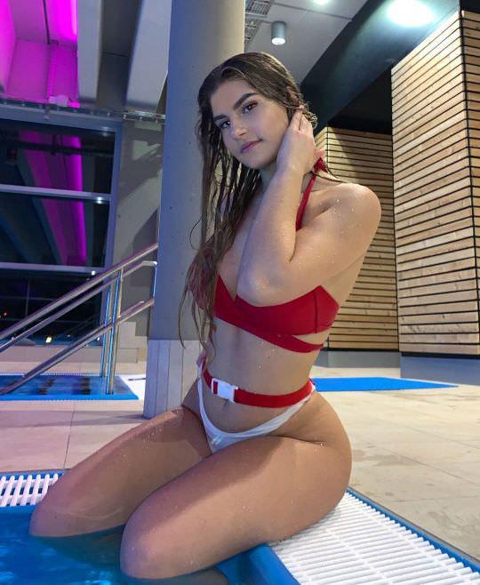 Nicole-Dobrikov-thotseek-com-2020-05-13-02-30-20-2307637263026166730-1622074493