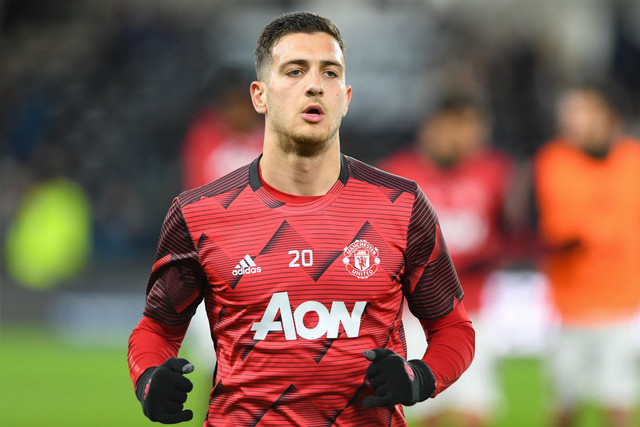 Diogo-Dalot-20-of-Manchester-United-during-the-FA-Cup-match-between-Derby-County-and-Manchester-Unit
