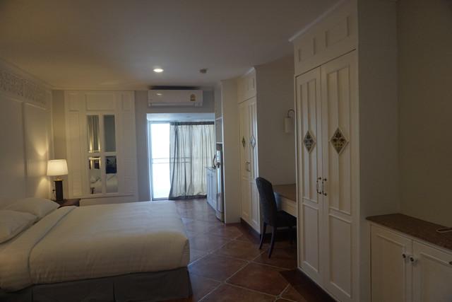 Superior-Type-1-bedroom1.jpg