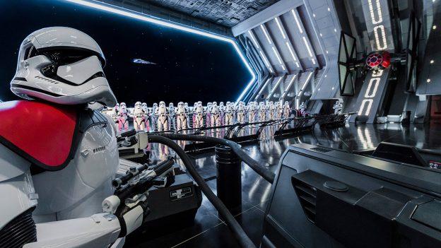 Star Wars: Galaxy's Edge [Disneyland Park - 2019] - Page 9 Zzzzzzz5