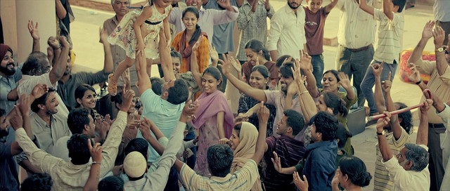 Airlift-2016-606