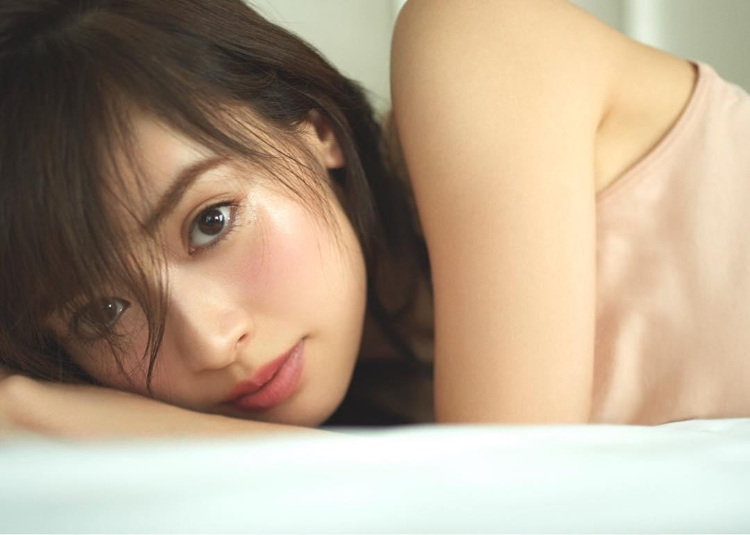 Rika-Izumi-Wallpapers-Insta-Fit-Bio-6