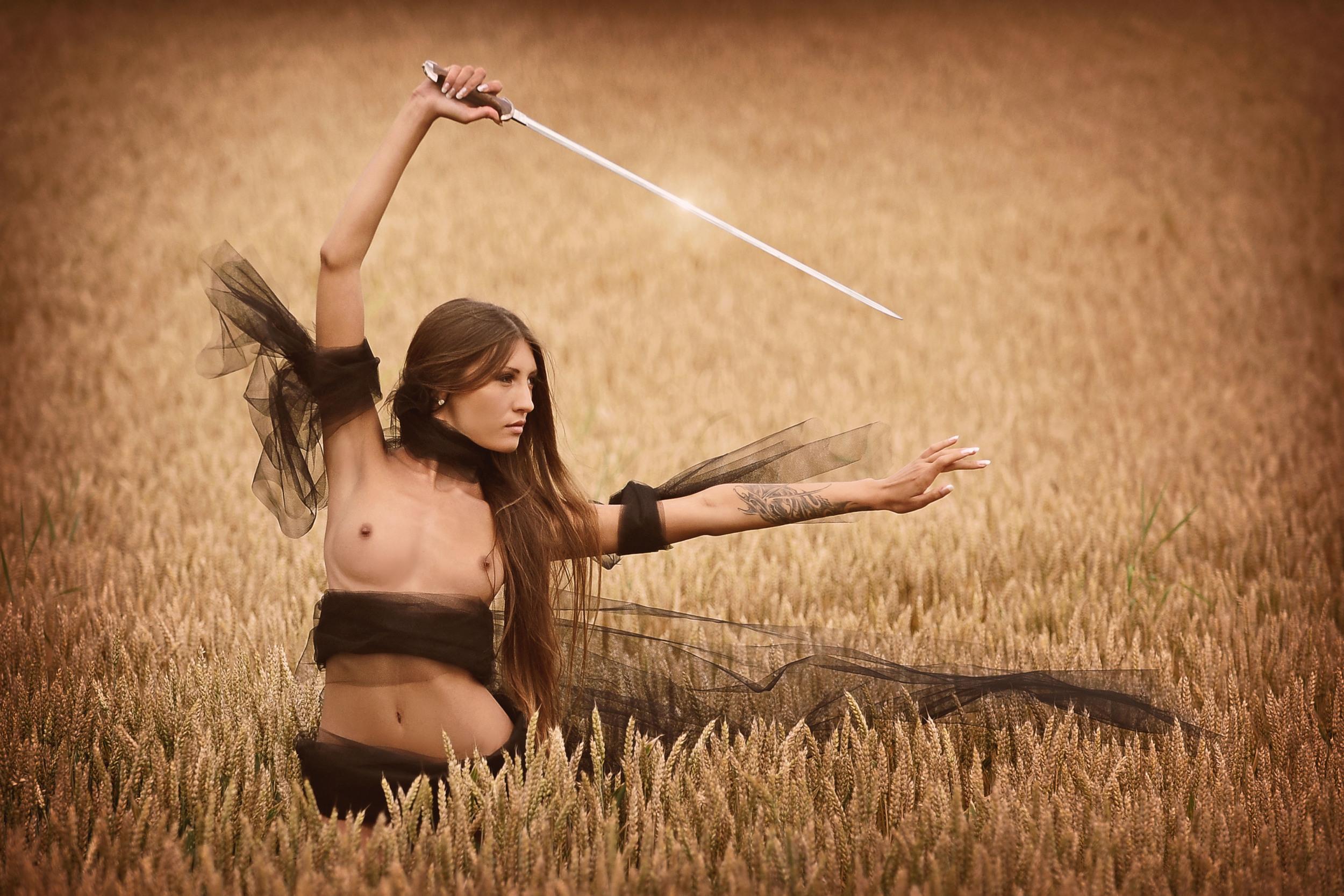 Aleksandra-Yun-Saju-by-Daniel-Fehr-Artof-Dan-Samurai-I-5
