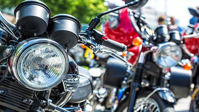 https://i.ibb.co/b7bLG3r/Nearly-400-Bikers-Gather-To-Bring-Presen-0-13872873-ver1-0-1280-720.jpg